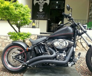 Harley black line