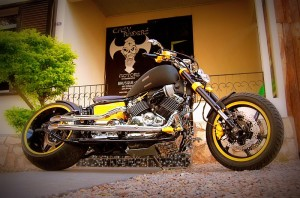 DRAG STAR CUSTOMIZADA YELLOW